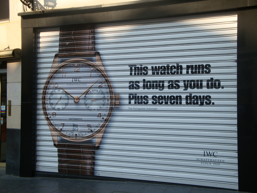 Patek Philippe : mise en vente de la Henry Graves IWC_publiciteacute_vitrine_Degreef_reduced-2