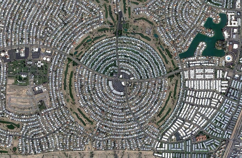 Ovi gradovi izgrađeni su planski, a iz svemira izgledaju - apsolutno nevjerojatno! Sun%20City%20001_zpsgkubnnnu