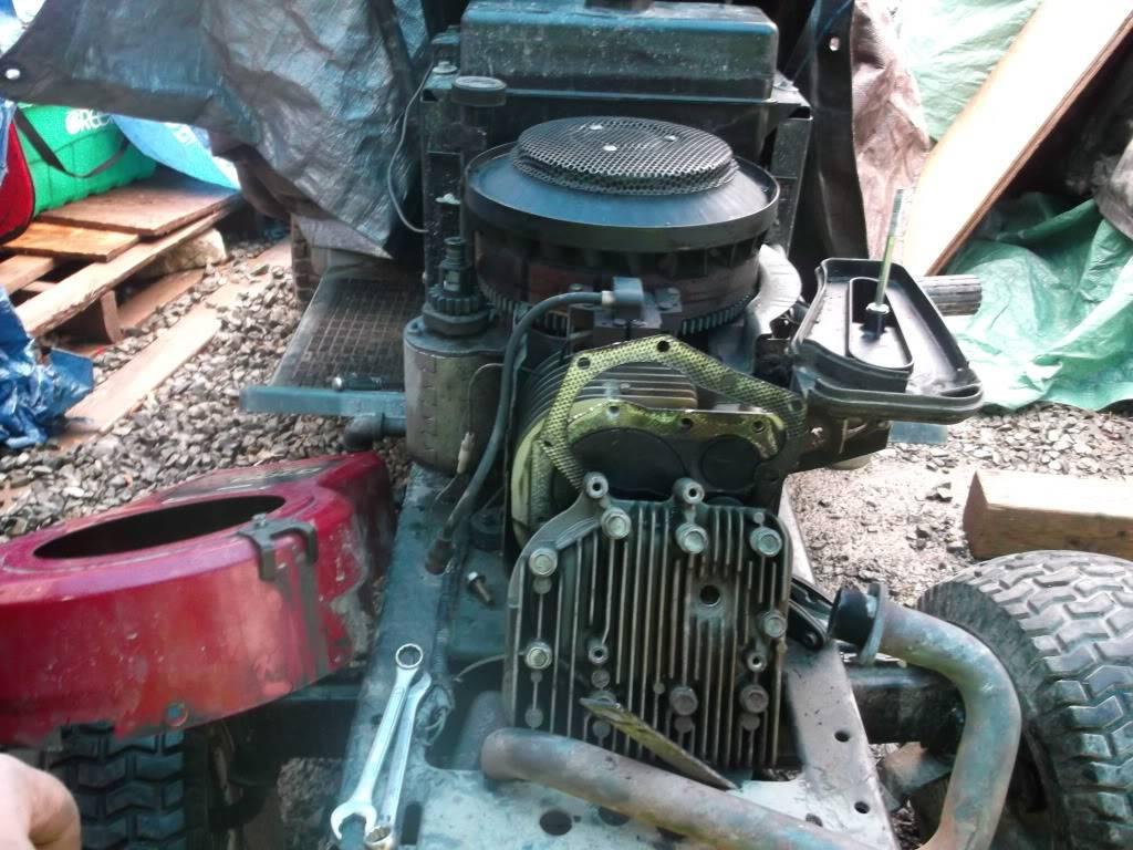 started craftsman off roader! Sept212012lawntractorupdateandpictures013_zps6d213606