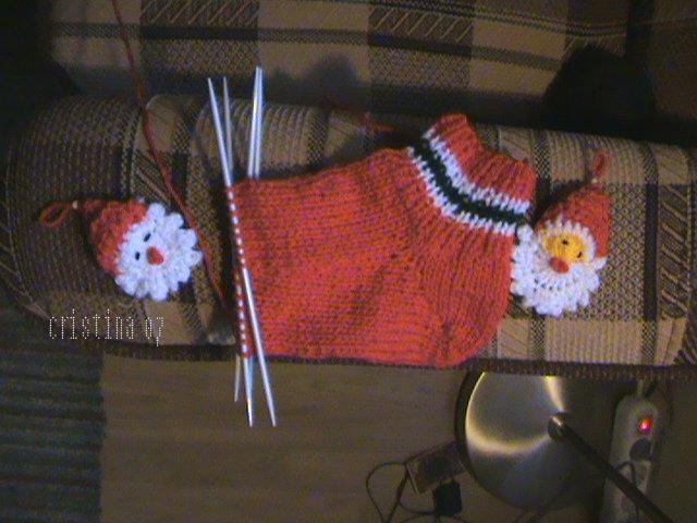 Provocare tricotat nr. 1 - Şosete, botoşei, jambiere. - Pagina 4 DSC00631