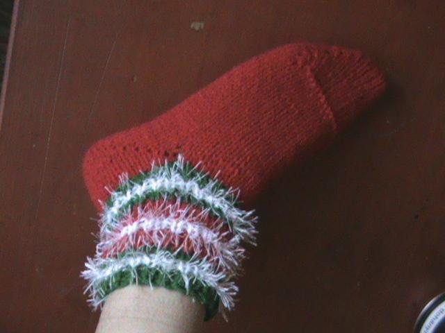 Provocare tricotat nr. 1 - Şosete, botoşei, jambiere. - Pagina 4 DSC00665-1