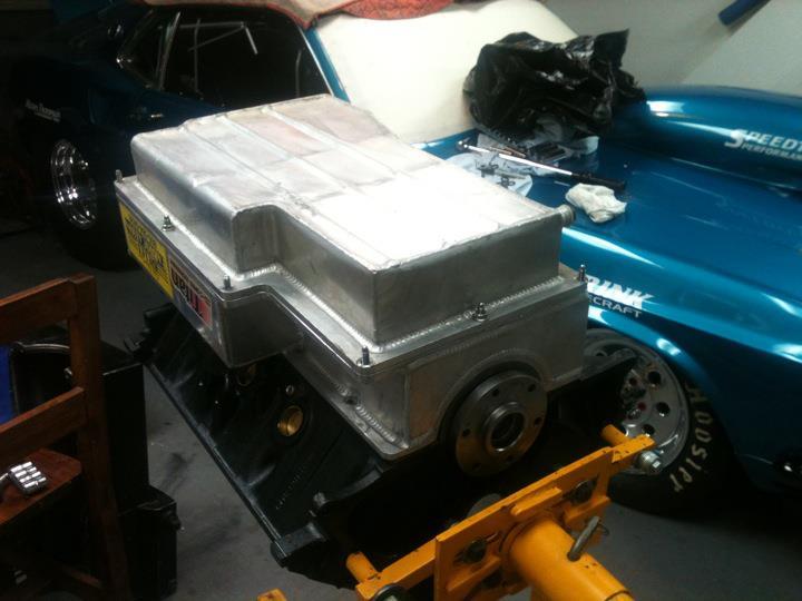 Billet fabrication Jeff Johnston 2 peice aluminum oil pan w/ Titan pump & pick-up 2pieceoilpan