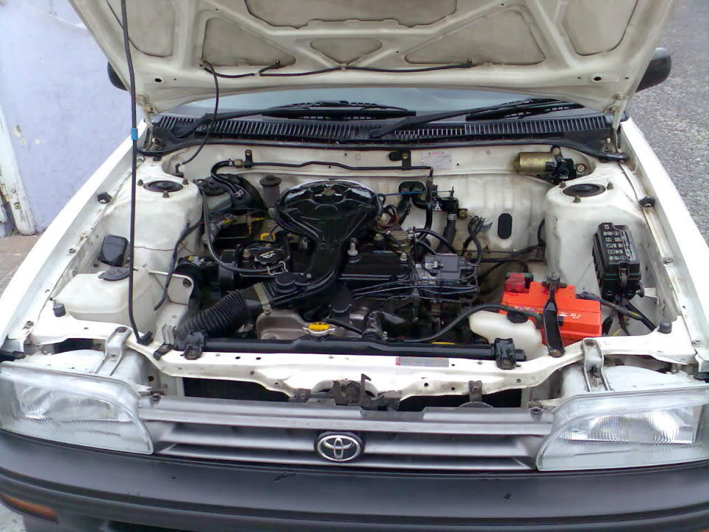 Toyota Conquest e2 (Or as miib14 says - ee90)  MyEnginebay1_zps58efe7ae
