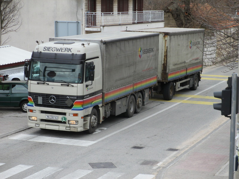Actros Mp1  IMG_0025