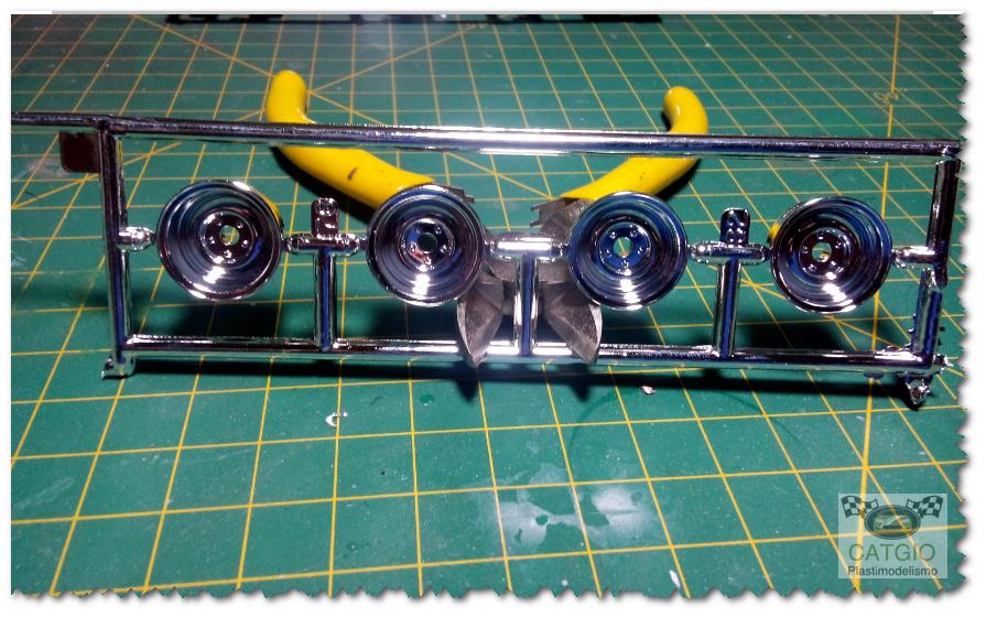 Ford 1932 - Hot Rod >>> Finalizado 07/03/2015 06_zps3a1022ec