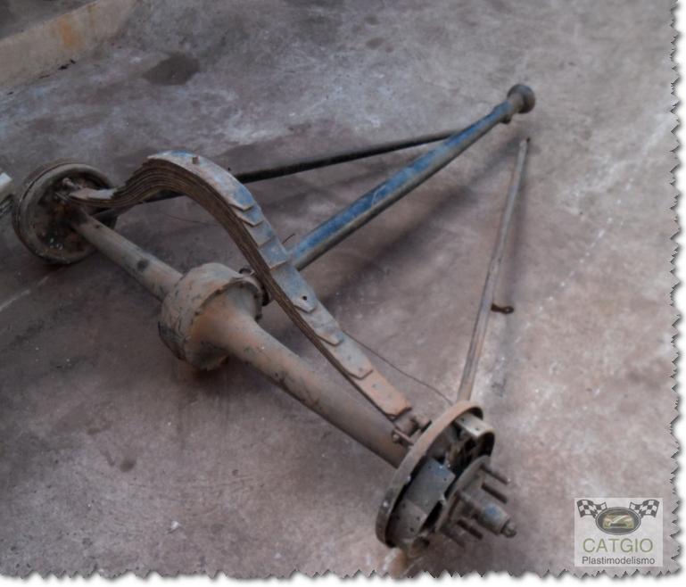 Ford 1932 - Hot Rod >>> Finalizado 07/03/2015 Suspenccedilatildeo07_zps85e4ae54