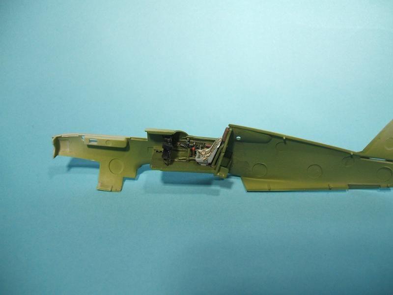 P-40B/C Warhawk - Trumpeter 1/72 DSCF5772_800x600_zpse3ca556d