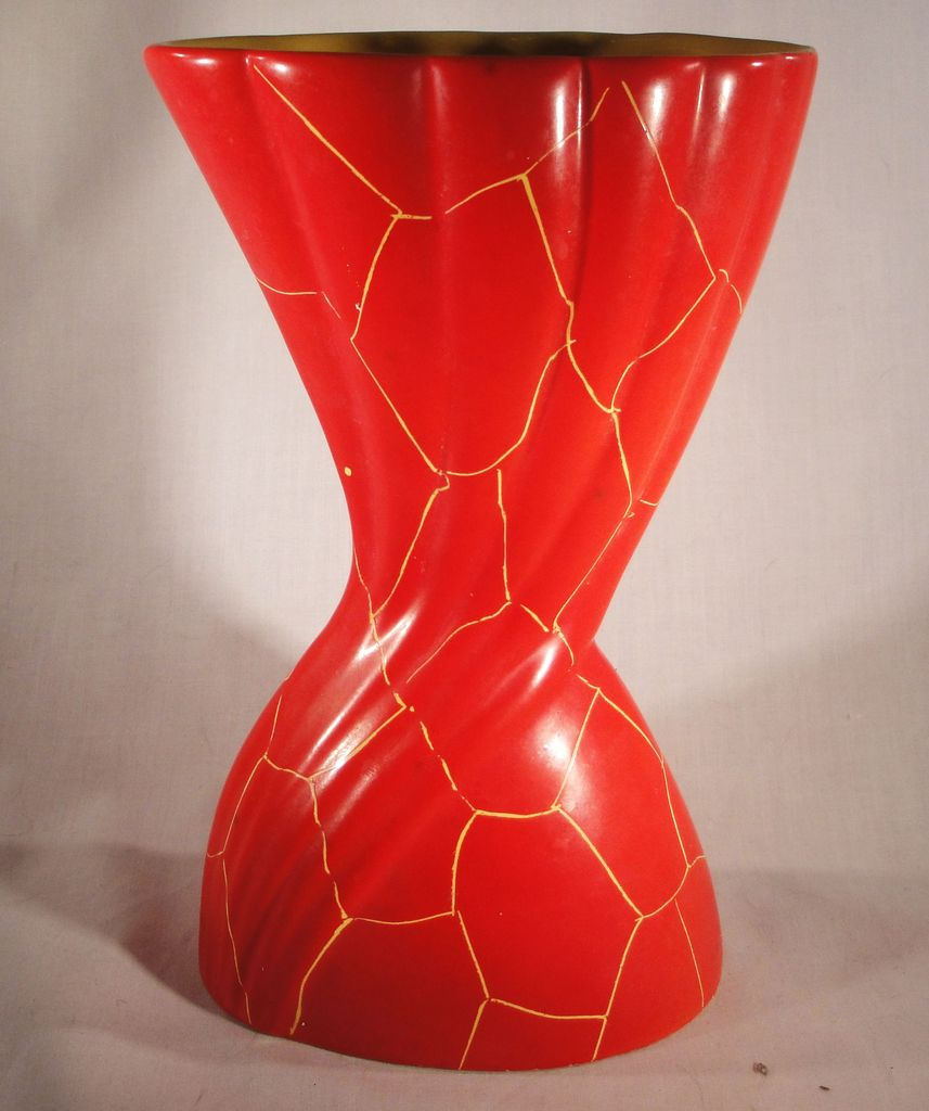 mid-century German pottery vase - Scheurich & Greulich German%20twisted%201_zpsv0ksubqa