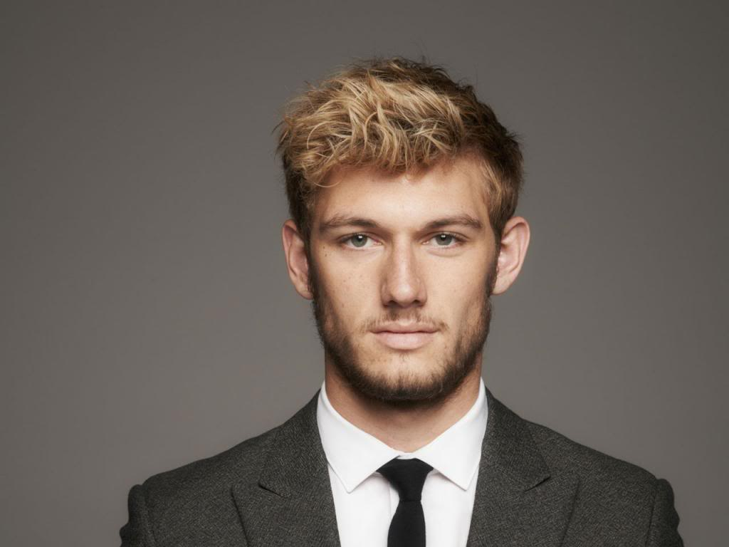The Young and the Wild Alex-pettyfer_zps8900ccf5