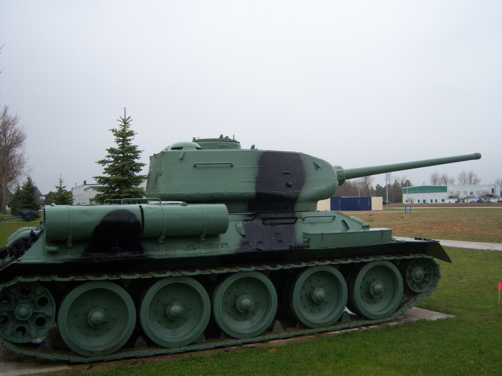 Armour at Candian Forces Base Borden 100_7212
