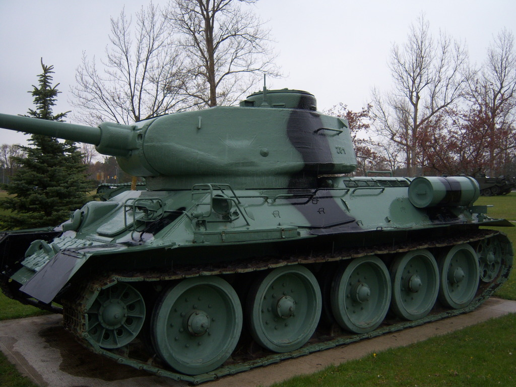 Armour at Candian Forces Base Borden 100_7214