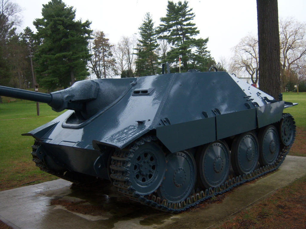 Armour at Candian Forces Base Borden 100_7230
