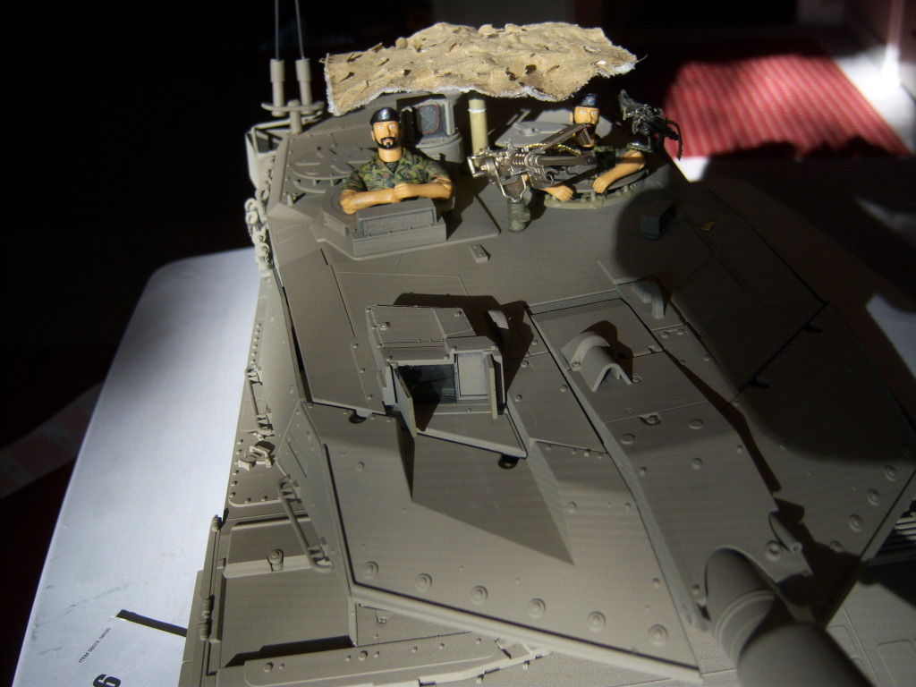 I have started my Leopard 2A6 conversion to a 2A6M CAN ( Afganistan) Leopard018