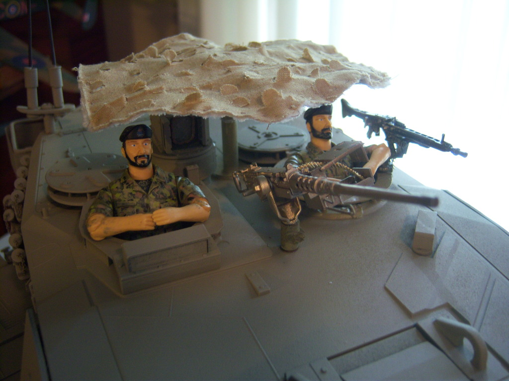 I have started my Leopard 2A6 conversion to a 2A6M CAN ( Afganistan) Leopard022