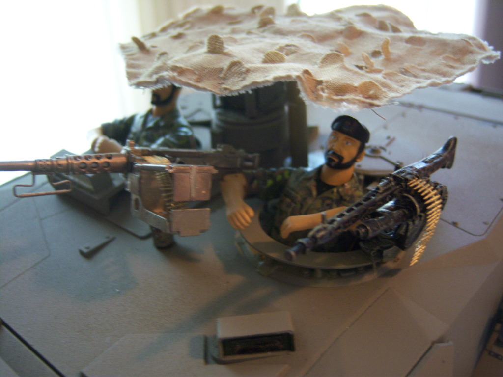 I have started my Leopard 2A6 conversion to a 2A6M CAN ( Afganistan) Leopard026