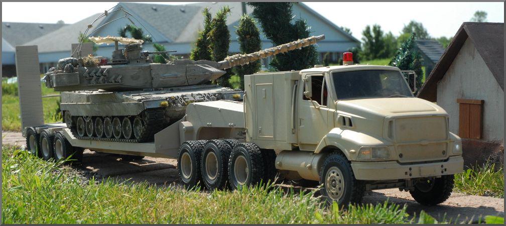September 2013 Battleday - Page 2 LeopardTruck_zpsa302bd21