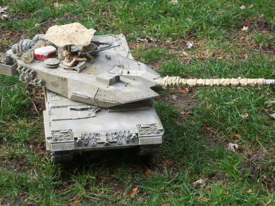 Leopard 2 from hooben? Leopard2012-12-15009_zps9fb3cbe4