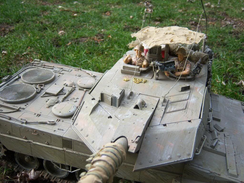 I have started my Leopard 2A6 conversion to a 2A6M CAN ( Afganistan) Leopard2012-12-15017_zps14534010