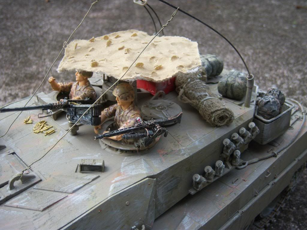I have started my Leopard 2A6 conversion to a 2A6M CAN ( Afganistan) Leopard2012-12-15025_zps4c02e080