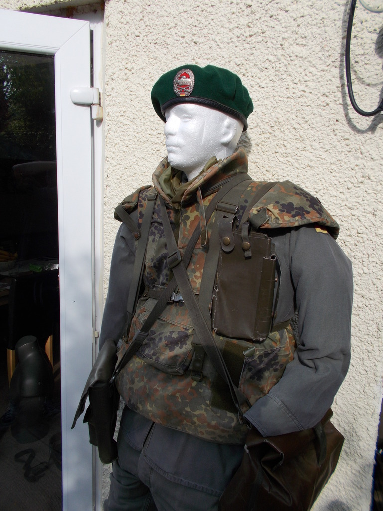 1980's panzer grenadier uniform and kit  010_zpskkyrl6iu