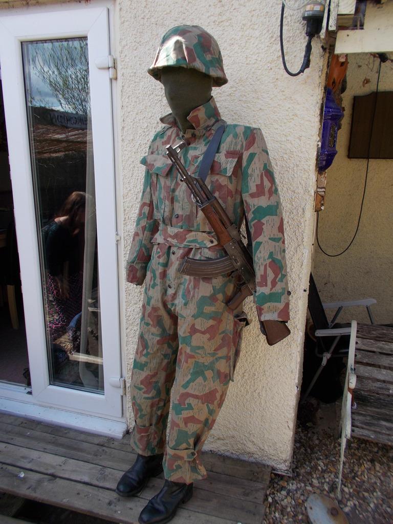 splinter suit  045_zpscloklik4