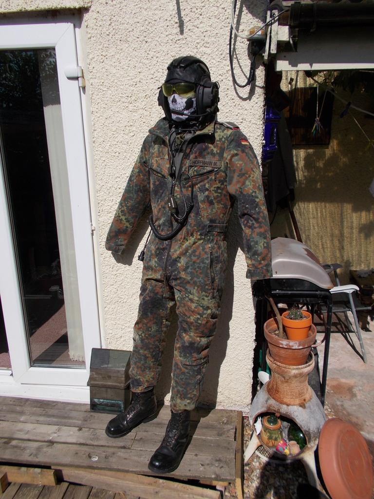 BW panzer combination suit  064_zpscbij7hew