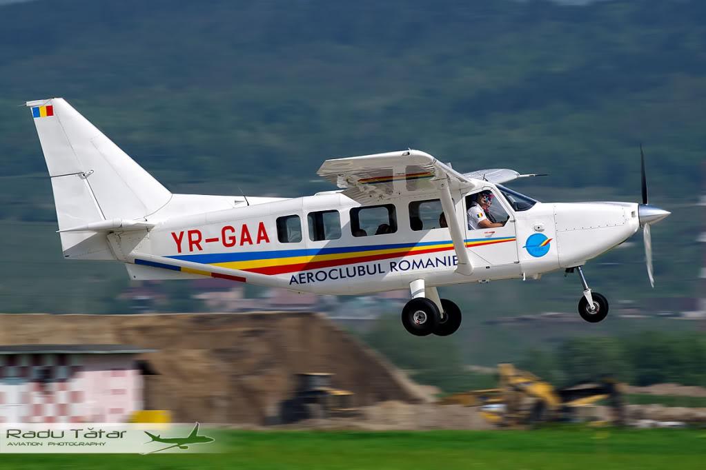 Cluj Napoca Airshow - 5 mai 2012 - Poze - Pagina 2 IMGP8327--