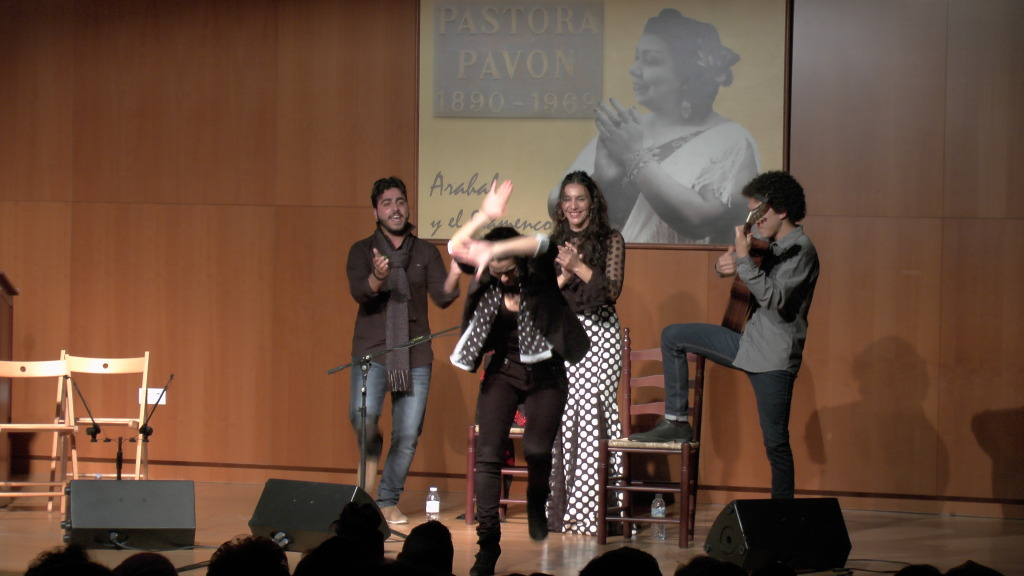 Concierto Flamenco de Natalia Segura - Arahal 2013 S1320029_zpsb91f0625