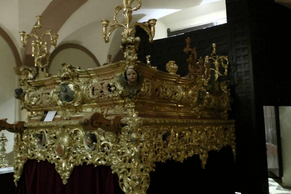 """Exposición """"La imaginería y la talla"""" Hdad Santo Entierro - Arahal 2013  S1310211_zpsbc0518f8"""