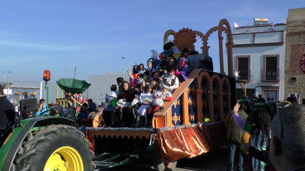 Cabalgata de Reyes Magos en los Barrios de Arahal 2013 S1230183_zpsc2cca24c