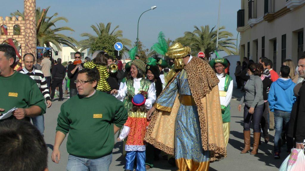 Cabalgata de Reyes Magos en los Barrios de Arahal 2013 S1230188_zps818054f9