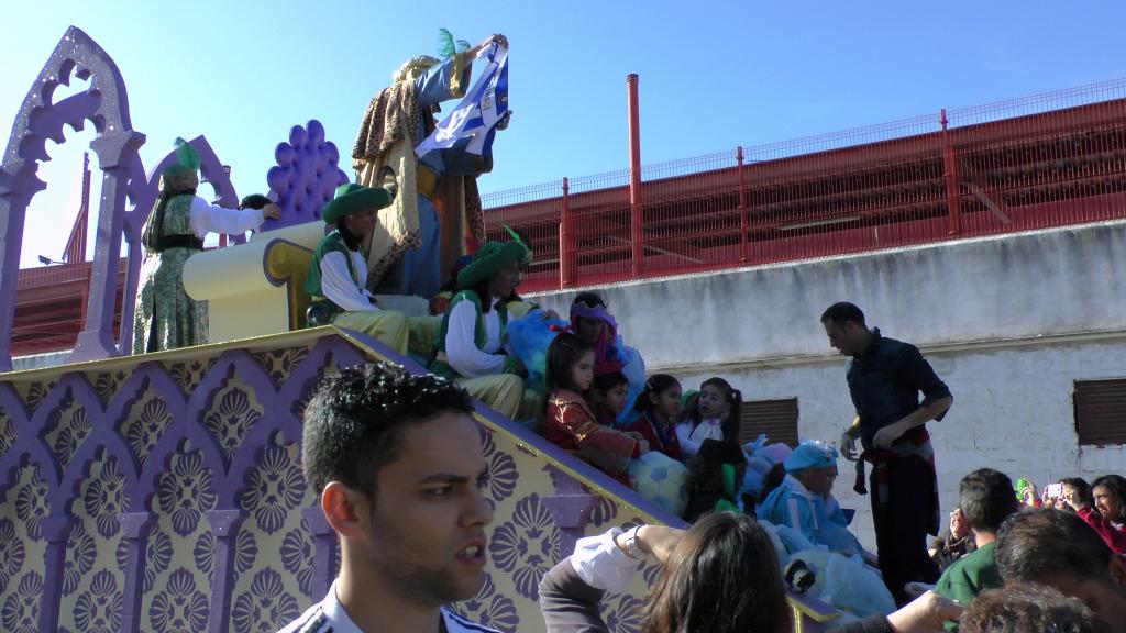 Cabalgata de Reyes Magos en los Barrios de Arahal 2013 S1230198_zpsbba4bcc6