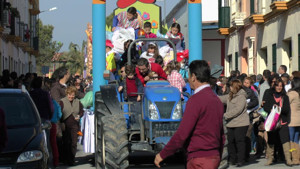 Cabalgata de Reyes Magos en los Barrios de Arahal 2013 S1230211_zps62fbc4f4