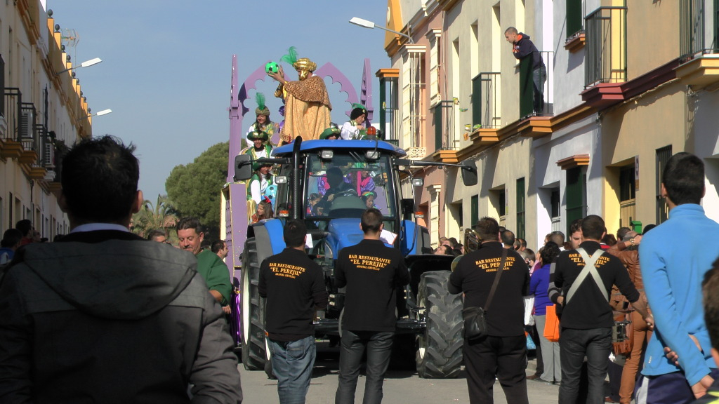 Cabalgata de Reyes Magos en los Barrios de Arahal 2013 S1230221_zps2354f30b