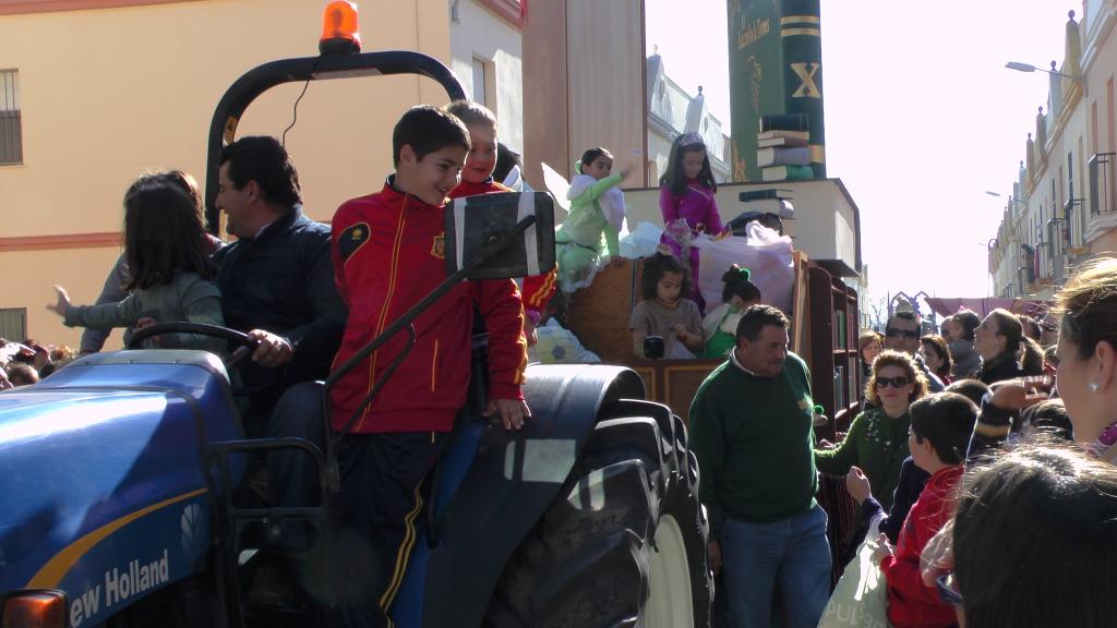 Cabalgata de Reyes Magos en los Barrios de Arahal 2013 S1230231_zpsefeffb8b