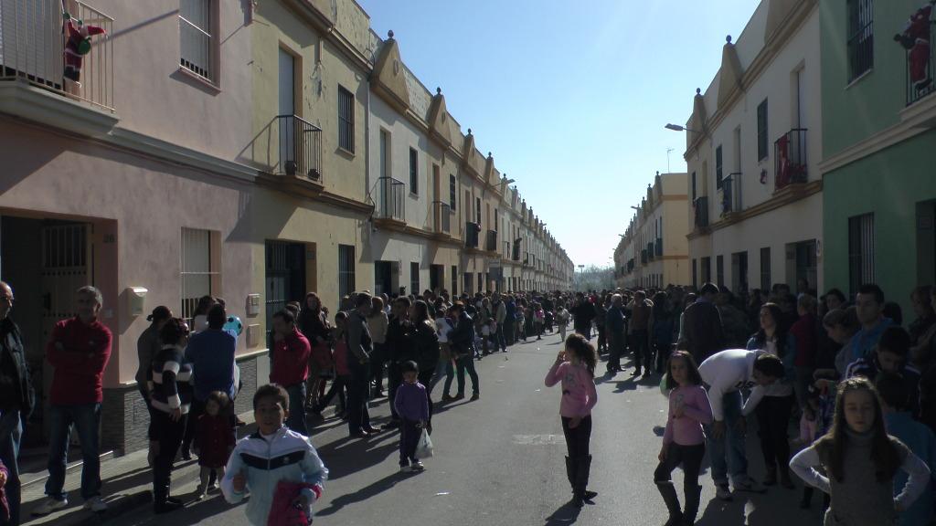Cabalgata de Reyes Magos en los Barrios de Arahal 2013 S1230234_zps147aa0df
