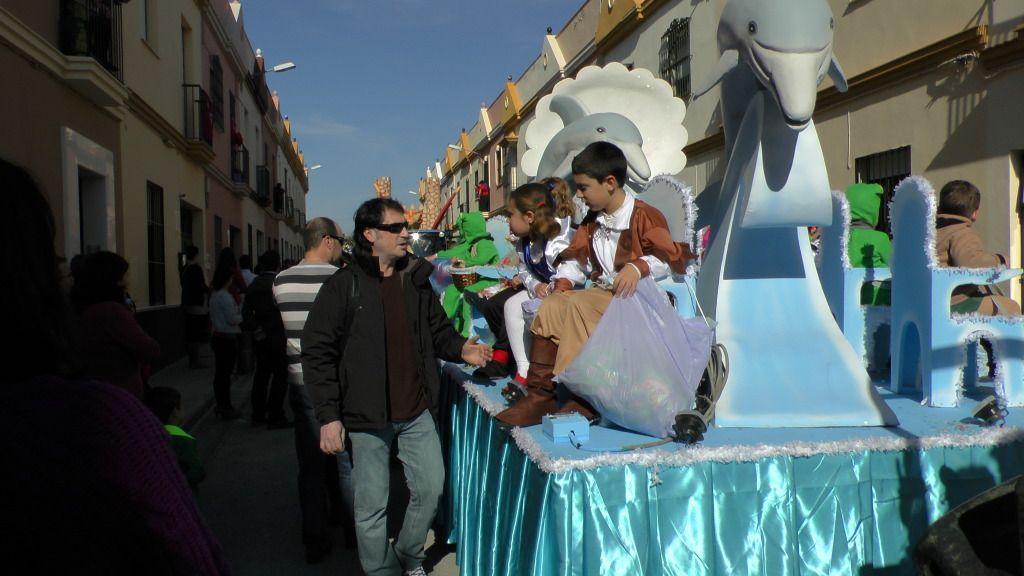 Cabalgata de Reyes Magos en los Barrios de Arahal 2013 S1230236_zps43066f3a