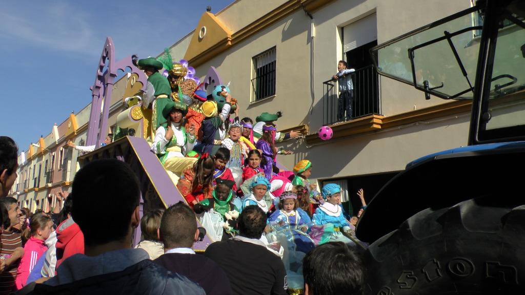 Cabalgata de Reyes Magos en los Barrios de Arahal 2013 S1230241_zpsafd9b5da