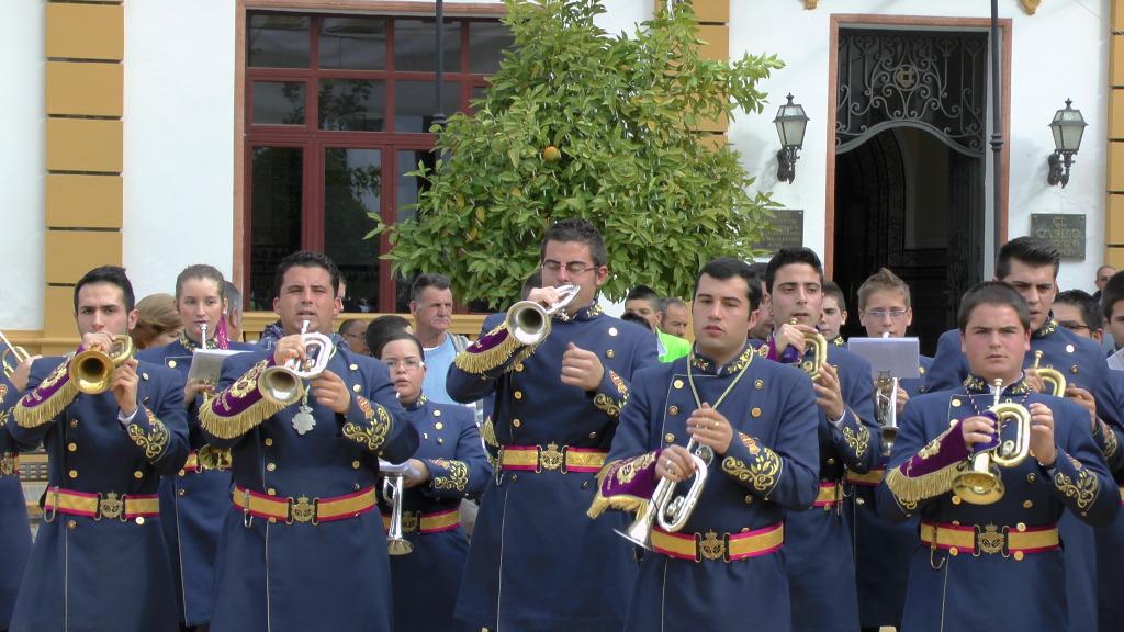 Concierto solidario: Banda CCTT Jesus Nazareno Arahal 2012 S1160035_zps499f40d0