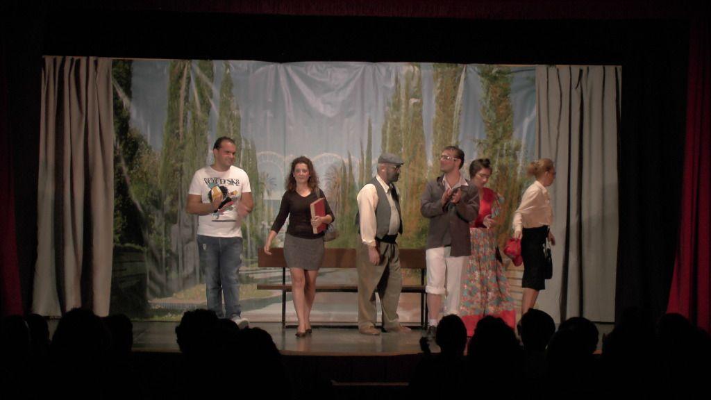 "Teatro grupo ""El zardiné"" a beneficio de Alzhei Arahal 2012 S1120024_zpsc3af9137"