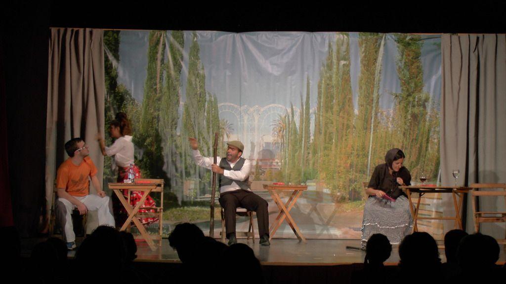"""Teatro grupo """"El zardiné"""" a beneficio de Alzhei Arahal 2012 S1120030_zps7ed65bdb"""
