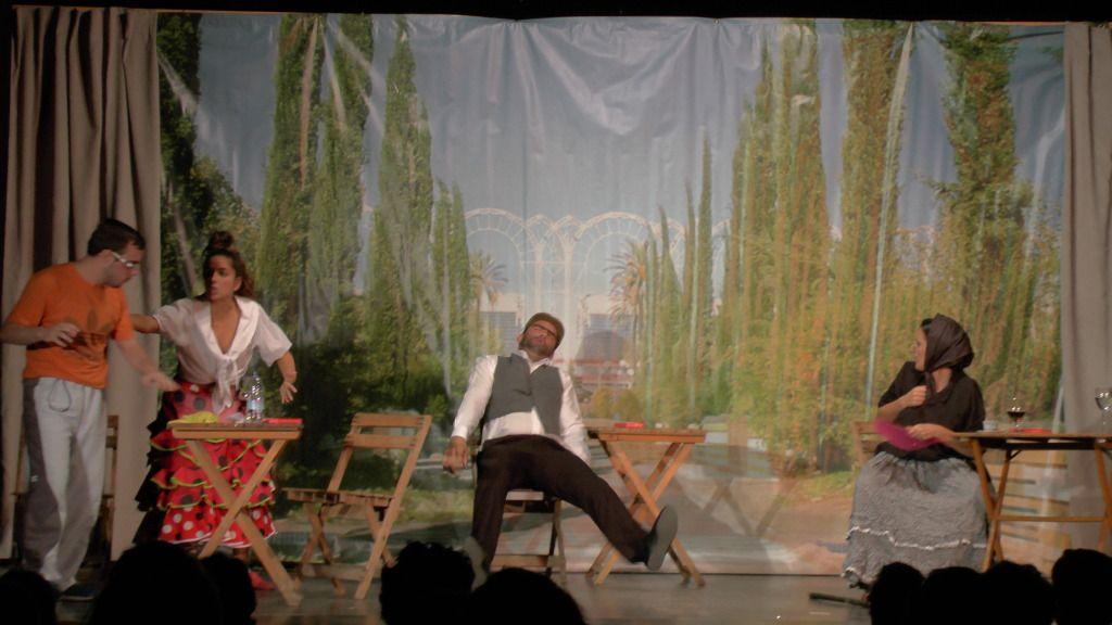 """Teatro grupo """"El zardiné"""" a beneficio de Alzhei Arahal 2012 S1120031_zpsd6c4c2c6"""