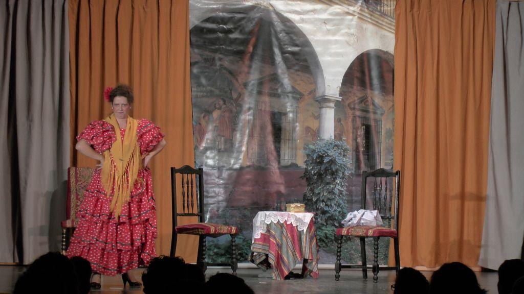 """Teatro grupo """"El zardiné"""" a beneficio de Alzhei Arahal 2012 S1120033_zps9b043cea"""