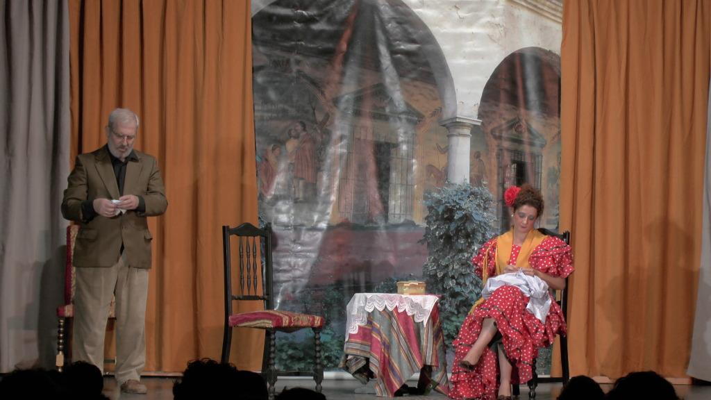 """Teatro grupo """"El zardiné"""" a beneficio de Alzhei Arahal 2012 S1120034_zps76bbf678"""