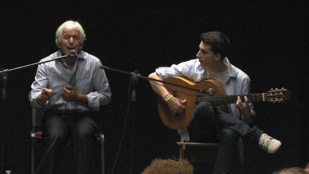 Video actuación flamenca Alzhei - Arahal 2012 S1100110_zps44a01932