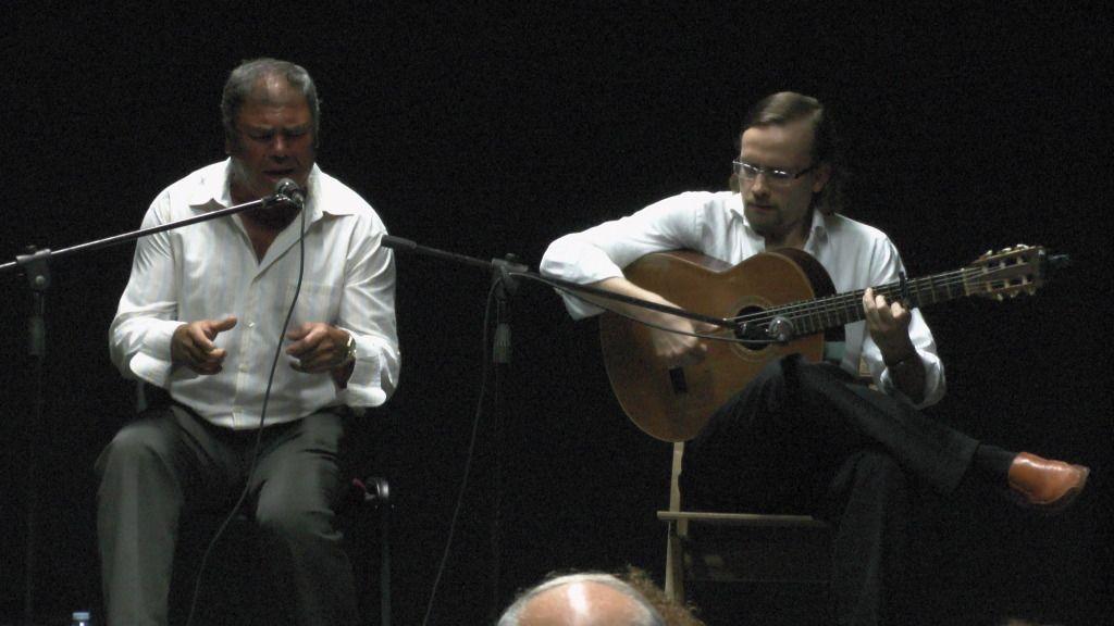 Video actuación flamenca Alzhei - Arahal 2012 S1100112_zps391a1cac