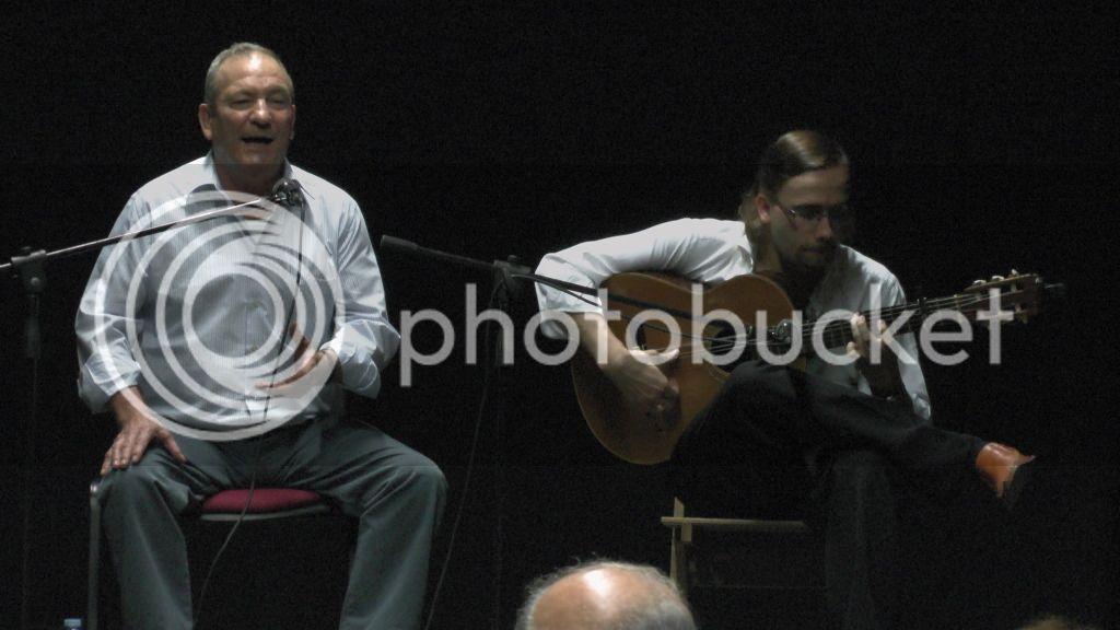Video actuación flamenca Alzhei - Arahal 2012 S1100114_zps24581fea