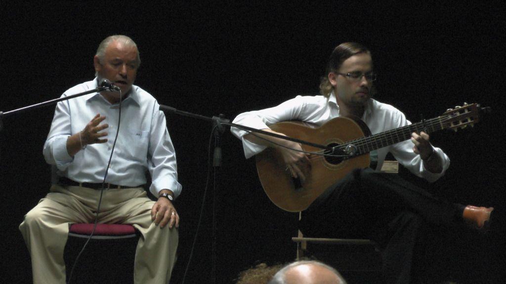 Video actuación flamenca Alzhei - Arahal 2012 S1110001_zps314bbc37