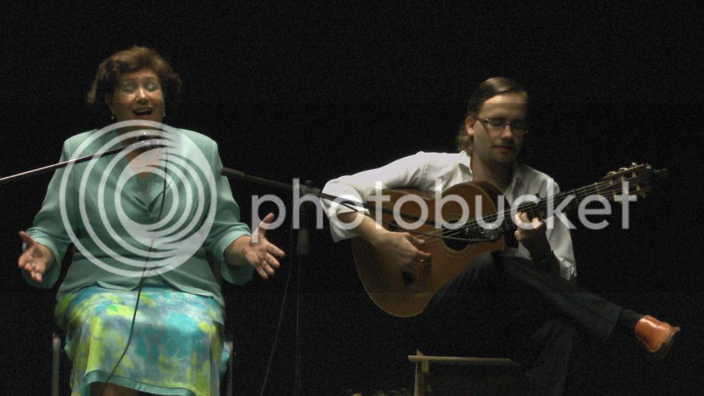 Video actuación flamenca Alzhei - Arahal 2012 S1110003_zpsa42db464