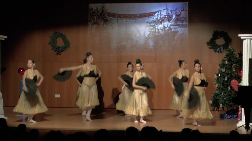 El Cascanueces - Escuela de Danza de Arahal - 2012 S1200058_zps13a0ab3d